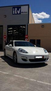 ITV-RIVAS-Porsche-Panamera-4S